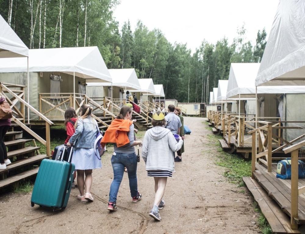 Лагерь для подростков. Жизнь в палатке.